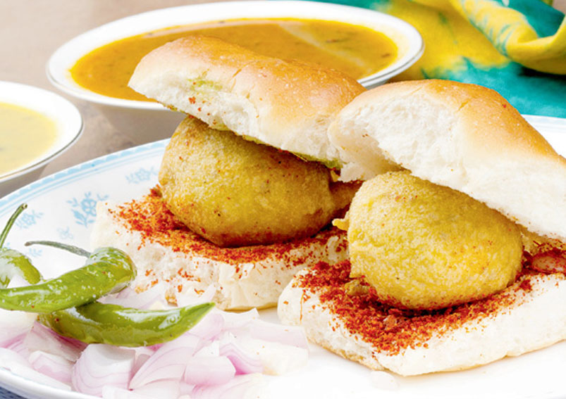 Calories In Vada Pav Calories And Nutrition Fitso
