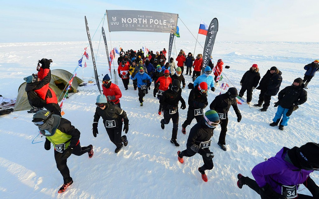 toughest running events - People running in Antartica