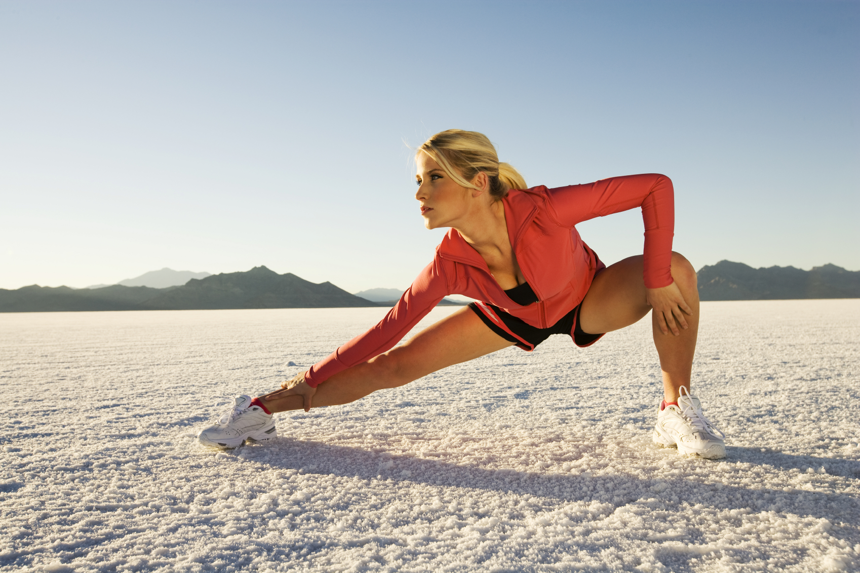 dynamic stretching exercises: pre running