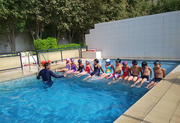 ardee school : gurgaon swimming pool