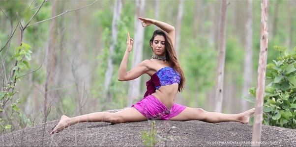 deepika mehta yoga pose