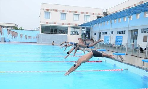 gem international : gurgaon swimming pool