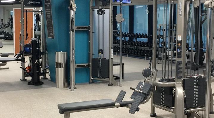 Breathe Fitness: gym in delhi